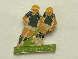 PIN'S  FOOTBALL - BARCELONA 92 - Football