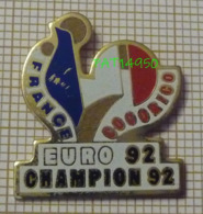 FOOTBALL EURO 92 FOOT FRANCE COQ TRICOLORE COCORICO - Football