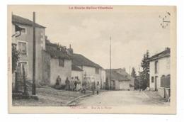 CPA 70  VAUVILLERS Rue De La Harpe - Francia