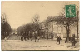 STAINS La Place De Watry - Stains