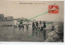 BARNEVILLE SUR MER SCENES SUR LA PLAGE - France