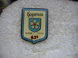 Pin's De La Classe 27/47 (65eme) De La Ville De HAGUENAU - Pin