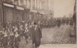 CPA (Lyon) - Toussaint 1917 - Patronage Laïque Béchevelin-Pasteur (très Belle Scène) - Lyon