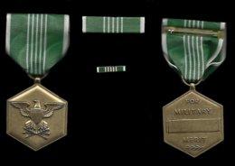 MEDAILLE AMERICAINE . COMMANDATION ARMY  . - Etats-Unis