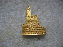 Pin's Doré De La Cathédrale De STRASBOURG - Pin