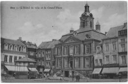 HUY : L'Hôtel De Ville Et La Grand-Place - Petite Animation - Huy