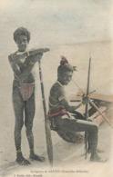 Nlles Hebrides Indigenes Nus  De Santo Colorisée  Edit Raché Nouméa - Vanuatu