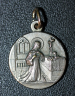 "Pendentif Médaille Religieuse ""Sainte Rita"" Religious Pendant - Religione & Esoterismo"