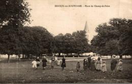 BRIOUX SUR BOUTONNE PLACE DU CHAMP DE FOIRE - Brioux Sur Boutonne