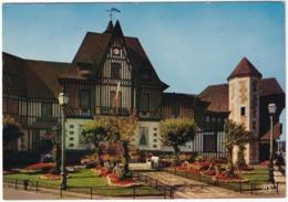 Deauville - L'Hotel De Ville - (Calvados - 14) - Deauville