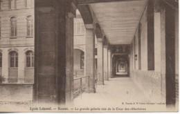 92  SCEAUX  Lycée Lakanal  La Grande Galerie Vue De La Cour Des Réfectoires - Sceaux