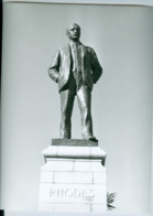 Photo Zimbabwe Rhodésie. Salisbury. Statue De Cecil Rhodes. Photo Du Père V. De Decker 1993 - Afrique