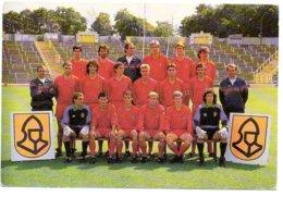 Rode Duivels  Voetbal Le Foot Football Sport 1988-1990   Formaat 14.8x9.9cm - Voetbal