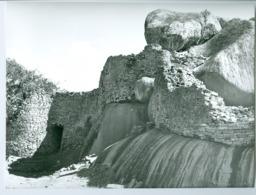 Photo Zimbabwe Rhodésie. Ruines De La Dynastie Shoa. Escarpement Rocheuxde L'acropole Photo Du Père Gust Beeckmans 1974 - Africa