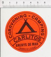 Publicité Ancienne étiquette De Bagage D'hôtel / Camping Caravaning Carlitos Arenys De Mar Espagne Espana El CP 2/300 - Etiquettes D'hotels