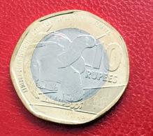 Seychelles 2018 Bi-Metallic Circulated Incirculation Coin Aldabra Giant Tortoise Tortue Géante D'Aldabra - Seychellen