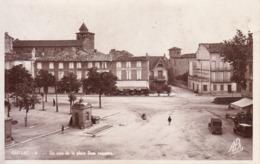 81 - Gaillac : Un Coin De La Place Dom Vaisette - CPSM Au Format 9x14 Neuve - Gaillac
