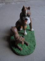 Statuette De Chien - Bull-dog Et Son Chiot - Animaux