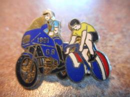 A039 -- Pin's 1991 GR Tour De France Gendarmerie -- Dernier Vendu 06/2017 - Police