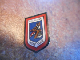 A039 -- Pin's Police Nationale Brigade Canine - Police