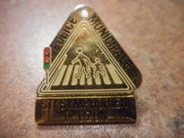 A039 -- Pin's Police Municipale St Symphorien D'Ozon - Police