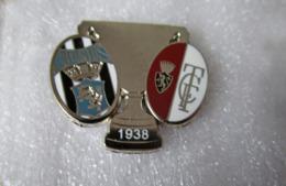 Finale Coppa Italia Juventus - Torino 1938 Distintivo Soccer Pins Juve BiancoNero Toro Granata CONIO MODERNO - Calcio