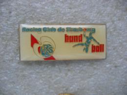 Pin's De La Section Handball Du Racing Club De Strasbourg RCS - Balonmano
