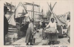 CPHOTO MARSEILLE 1899  @ VIEUX PORT POISSONNIERES @ - Autres
