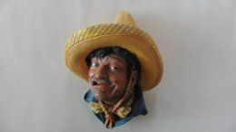 Mexique  Portrait  :Type  Personnage Mexicain  Peinture Sur Plâtre Mural - Sculptures