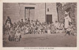 SYRIA , 00-10s ; Ecole Indigene, Eleves Et Maitre - Syria