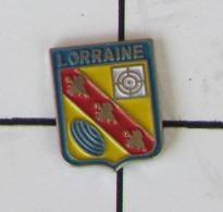 1 Pin's TIR  - LORRAINE - Pin's
