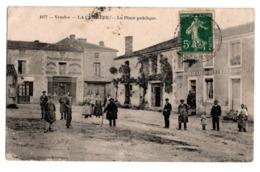 La Caillere La Place Publique - Frankreich