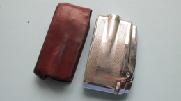 RONSON Varaflame Made In England // Reg Trade Mark ( Zie / Voir / See Photo ) Older One In Working Condition ! - Briquets