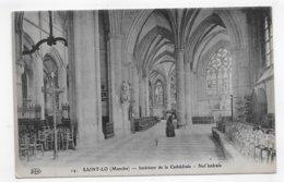 SAINT LO - N° 14 - INTERIEUR DE LA CATHEDRALE - NEF LATERALE AVEC PERSONNAGES - CPA NON VOYAGEE - Saint Lo