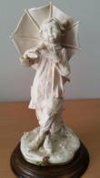 G.Armani Sculptuur Jongen Met Paraplu - Sculture