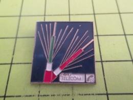 1015B PIN's PINS / Rare Et De Belle Qualité / THEME FRANCE TELECOM / CABLE OPTIQUE - France Telecom