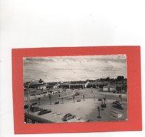 RENNES N° 1830 PLACE DE LA GARE DES 2 CV Citroen An: Vers 1950 Etat: TB Edit: C A P - Rennes
