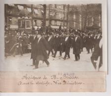 OBSÈQUES DE M BRISSON DANS LE CORTÈGE LES MINISTRES   18*13CM Maurice-Louis BRANGER PARÍS (1874-1950) - Personalidades Famosas