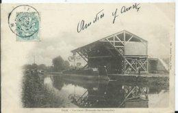HAM - Le Canal (estacade Des Entrepots ) - Ham