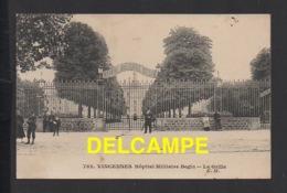 DD / 94 VAL DE MARNE / VINCENNES / HÔPITAL MILITAIRE BEGIN : LA GRILLE / ANIMÉE - Vincennes