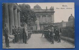 BERLIN   Relève De La Garde      Animées    écrite En 1916 - Germany