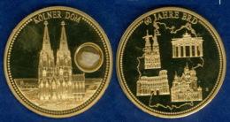 Medaille Kölner Dom 2009 50mm Vergoldet PP Mit Originalstein - Germania