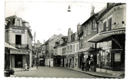 CPSM 58 COSNE RUE DU COMMERCE - Cosne Cours Sur Loire