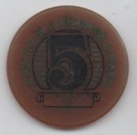Jeton De Casino Vicomte Dinard 5 Anciens Francs (sans Numérotation) - Casino