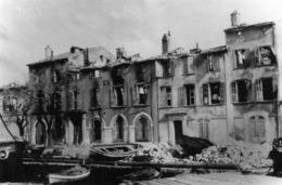 83 LA SEYNE PHOTO AOUT 1944 PATE DE MAISONS ACTUELLEMENT SOCIETE NAUTIQUE DES MOUISSEGUES FACE AU QUAI S FABRE - La Seyne-sur-Mer