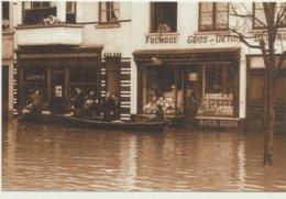 OOSTENDE / GROENTENMARKT ONDER WATER  1953 - Oostende