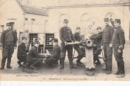 CHARTRES  Maneuvre Du Canon De 75 - Chartres