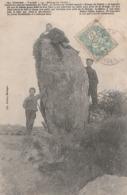 """VAIRE. Menhir Appelé """"Meinge Du Diable"""" Avec Explication De La Légende. Cliché RARE - Dolmen & Menhirs"""