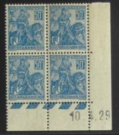 Jeanne D'Arc 257 En Bloc De 4 Coin Daté - Pas Cher - 1932-39 Peace