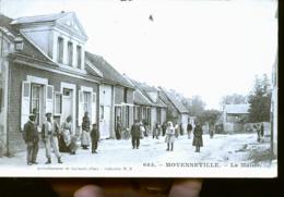 ARGOEUVRES GRANDE RUE - France